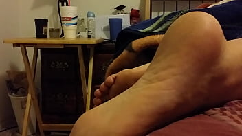 cum on my gf sleeping feet