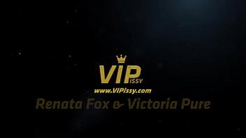 Victoria Pure and Renata Fox Soak Each Other In Hot Piss
