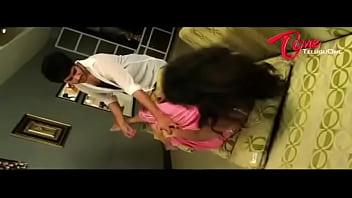 Amma-Nanna-Oorelithe-Movie-Promo-Song-Gundello-Siddharth-Varma-Shilpasri