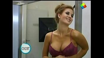 Sample clips of naked girls