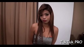 Asian horny cutie Sex-starved thai cutie gives her horny bawdy cleft to a stranger