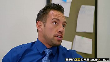 Brazzers - Big Tits at School - A Big Titted Bully scene starring Quinn Wilde and Johnny Castle thumbnail