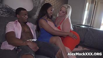 Interracial couple swap turned into a hardcore foursome porno izle