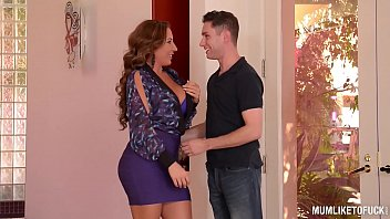 Mums id like to fuck Busty milf richelle ryan gets her pussy fucked filled