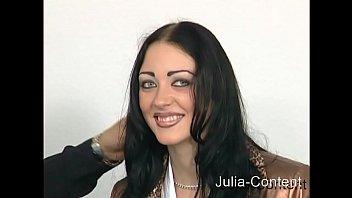 Black Hair IT-Girl fucked