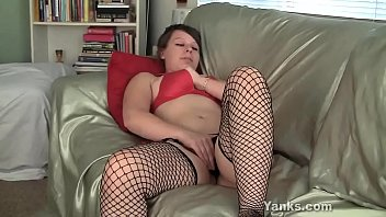 Yanks Clarrisa Johnson Masturbates