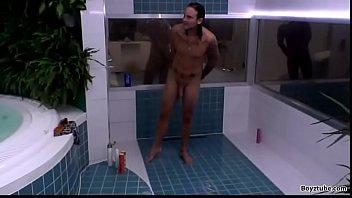 Half Denmark Sweden / Norway Big Brother 2014 Philip Semi Shower