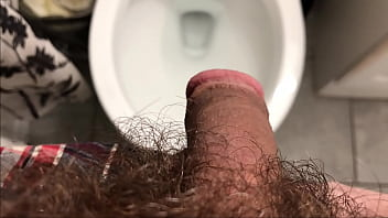 Naughty OsoFroze Peeing in Doctor's Toilet HD