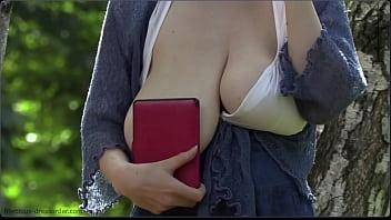 saggy natural big tits in public