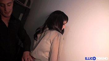 Jessica, 25 ans et déjà libertine, elle trompe son mec ! [Full Video]
