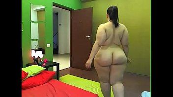 Sexy chubby mature big ass