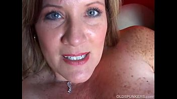 Big boob fat mom - Beautiful cougar has nice big tits