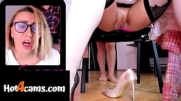 Blonde secretary masturbates and has squirting orgasm while getting massage from co-worker | ONLINE NOW: katehaven.hot4cams.com