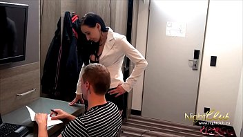 Hotel maid sex pics German - maid special room service