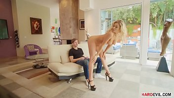 Absolutely stunning Riley Steele gets to fuck a dick