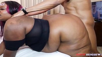 fat black girl with huge ass getting fuck by big dick boyfriend