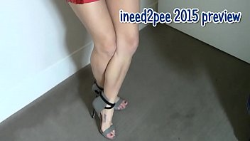 Ineed2pee girls peeing their pants & tight jeans 2015