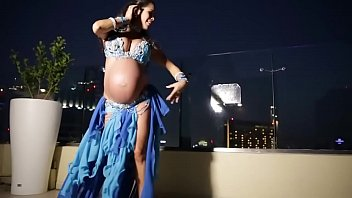 Erotic pregnant photos Pregnant belly dancer