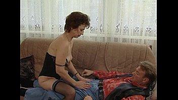 JuliaReavesProductions - Hausfrauen Luder - scene 4 - video 1 fingering nudity blowjob naked fetish Vorschaubild