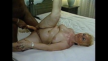 JuliaReaves-DirtyMovie - Alt Aber Super Geil - scene 2 - video 2 girls babe panties pussylicking nud