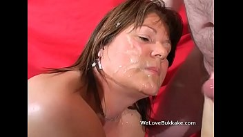 Matura cum Mature stacy takes a heavy spunking