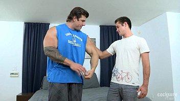 Gay musclemen gallery Zeb atlas fudendo mike de marko