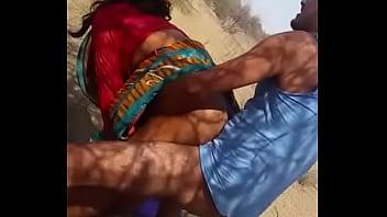 Indian aunty dogy style latest mms