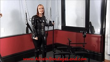 Even My Crew Is In Bondage - Mistress AliceInBondageLand Behind the Scenes
