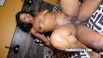 phat pussy stripper bianca badazz  gets her pussy drilled by bbc king kreme