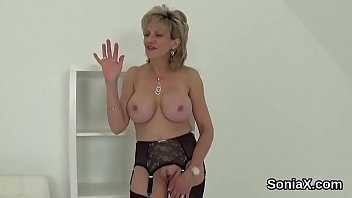 Unfaithful english mature lady sonia exposes her heavy balloons
