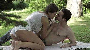 Sexy outdoor anal sex with Tina Kay