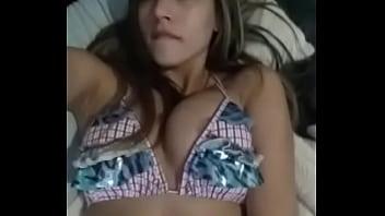 Linda chica se masturba
