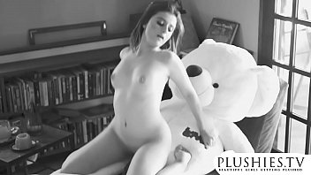 Sexy 18yo Costa Rica girl first time sex with teddy bear. full orgasm and squirting.