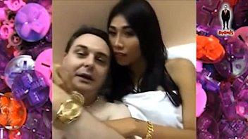 Ladyboy Miu gives a blowjob to Andrea Diprè