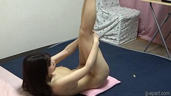 Bautiful Asian Girl Naked Yoga