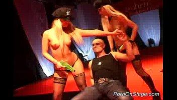 Лесбийские клубы порно