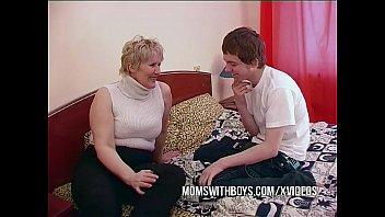Jandj mature kinghoist Bbw mature mom seduces sons friend