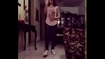 Harumi FD LOLI BAILANDO SENSUALMENTE 7w7r (¡¡¡TIENES QUE VER ESTE VIDEO!!!) pornhub video