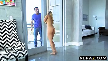 Naked m dchen amick Mom likes to clean naked and gets caught by a younger guy