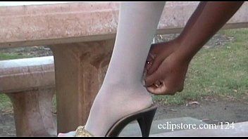 Nude marilyn milian - Ebony in white