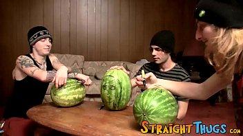 Kinky straighty Kenneth Slayer stuffs fruit with cock