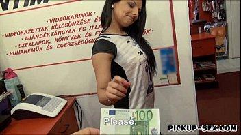 Fete Goale Romania Promotor De Fute Pe 100 Euro