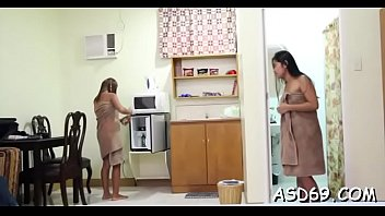 Asain sex shows Thai babe shows her nice love milk cans