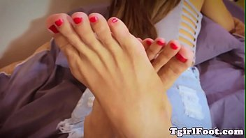 """Denim ladyboy foot teasing and sole arching <span class=""""duration"""">6 min</span>"""
