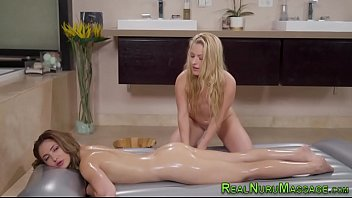 Messy lesbian massage Wet and messy lesbo licks masseuse