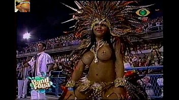 Brazilian carnival boobs - Mulher melao vila isabel 2009