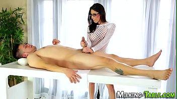 Spex masseuse facialized