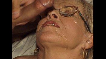 JuliaReaves-Olivia - Reife Begierde - scene 1 - video 1 ass fingering blowjob nude fuck