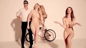 Blurred Lines- Robin Thicke ft TI & Pharrell Unrated (Uncut)