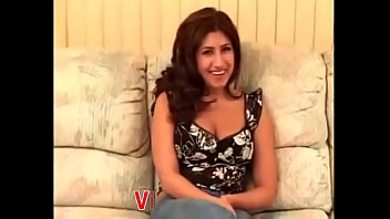 Arab girl Melody's first casting shoot